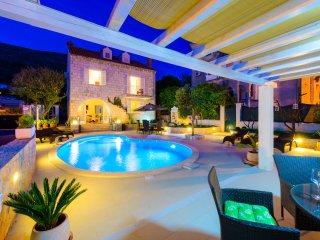 Villa Sweet Memories with Heated Pool
