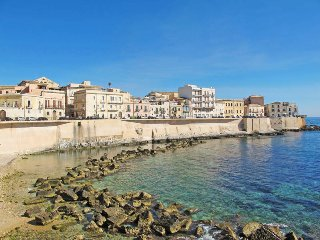 4 bedroom Villa in Syracuse, Sicily, Italy : ref 5444886