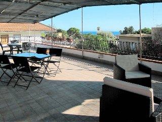 4 bedroom Villa in Fontane Bianche, Sicily, Italy : ref 5473902