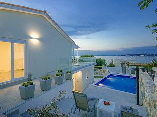 2 bedroom Villa in Umag, Istarska Zupanija, Croatia : ref 5473668