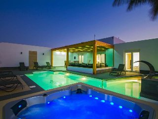 4 bedroom Villa in Playa Blanca, Canary Islands, Spain : ref 5473480