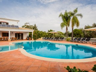 7 bedroom Villa in Carvoeiro, Faro, Portugal : ref 5473431