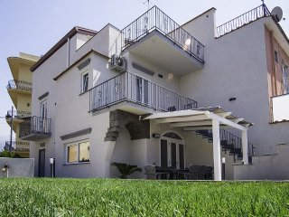 4 bedroom Villa in Sant'Agnello, Campania, Italy : ref 5473416