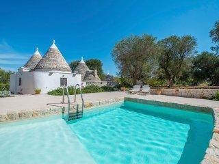 2 bedroom Villa in Satia, Apulia, Italy : ref 5472900