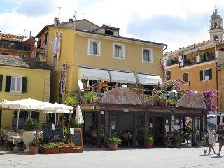 2 bedroom Villa in Moneglia, Liguria, Italy : ref 5443809