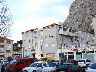 Four bedroom apartment Omis (A-12525-a)