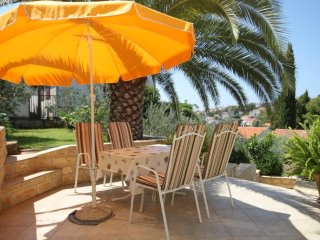 Okrug Gornji Holiday Home Sleeps 9 with Air Con - 5469280