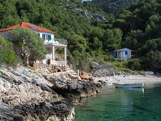 Four bedroom house Cove Prisnjak (Hvar) (K-8763)