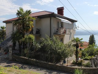 Two bedroom apartment Opatija (A-7902-a)