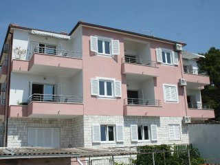 Two bedroom apartment Bilo (Primošten) (A-3090-g)