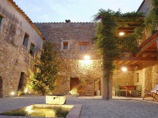 2 bedroom Villa in Girona, Catalonia, Spain : ref 5456143