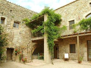 2 bedroom Villa in Girona, Catalonia, Spain : ref 5456139