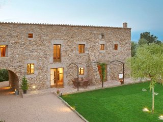 2 bedroom Villa in Girona, Catalonia, Spain : ref 5456135