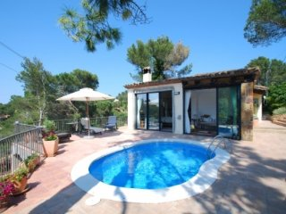 Fornells de la Selva Villa Sleeps 5 with Pool and WiFi - 5736588