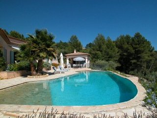 Montauroux Villa Sleeps 8 with Pool and WiFi - 5822320