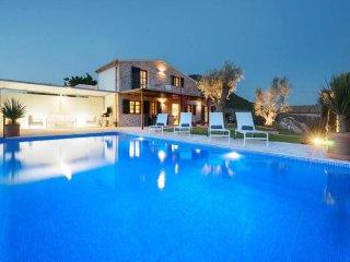 2 bedroom Villa in Pollença, Balearic Islands, Spain : ref 5455739