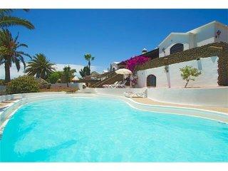 4 bedroom Villa in Playa Blanca, Canary Islands, Spain : ref 5455669