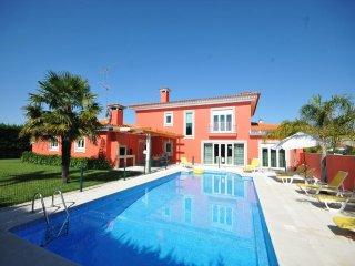 5 bedroom Villa in Esposende, Braga, Portugal : ref 5455210