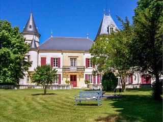 7 bedroom Villa in Le Temple-sur-Lot, Nouvelle-Aquitaine, France : ref 5454968