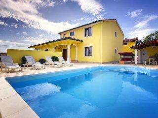 4 bedroom Villa in Butkovići, Istarska Županija, Croatia : ref 5453613