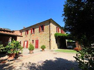 4 bedroom Villa in Castiglion Fiorentino, Tuscany, Italy : ref 5452715