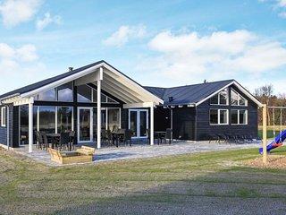 7 bedroom Villa in Ålbæk, North Denmark, Denmark : ref 5452402