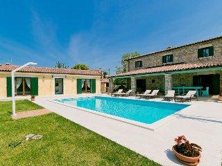 5 bedroom Villa in Radetici, Istarska Zupanija, Croatia : ref 5452389
