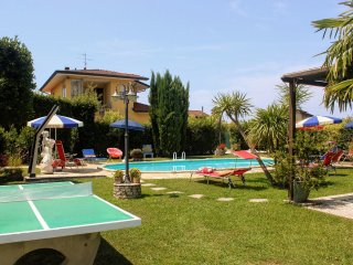 5 bedroom Villa in Camaiore, Tuscany, Italy : ref 5448684