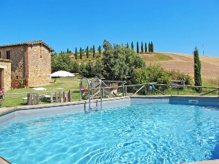 5 bedroom Villa in San Giovanni d'Asso, Tuscany, Italy : ref 5447558
