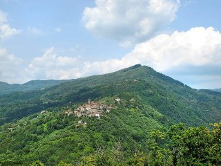 4 bedroom Apartment in Pescia, Tuscany, Italy : ref 5447328
