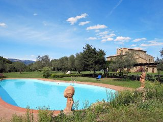 9 bedroom Apartment in Montorio, Tuscany, Italy : ref 5447036