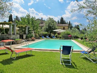 4 bedroom Apartment in Panzano in Chianti, Tuscany, Italy : ref 5446812