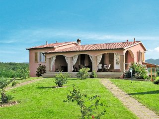 4 bedroom Villa in Bibbona, Tuscany, Italy : ref 5446340