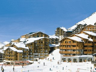 2 bedroom Apartment in Val Thorens, Auvergne-Rhone-Alpes, France : ref 5445371