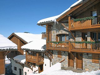 4 bedroom Villa in Courchevel 1650, Auvergne-Rhone-Alpes, France : ref 5445287
