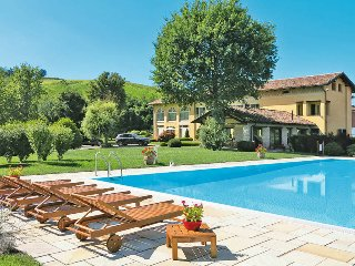 3 bedroom Villa in Costigliole d'Asti, Piedmont, Italy : ref 5445086