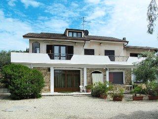 6 bedroom Apartment in Poggi Inferiore Poggi Superiore, Liguria, Italy : ref 544