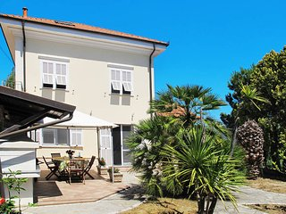 4 bedroom Villa in Gorleri, Liguria, Italy : ref 5443946