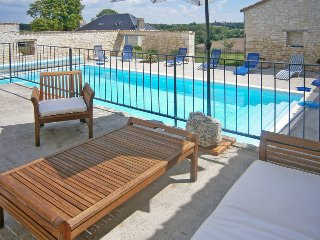 5 bedroom Villa in Lalandusse, Nouvelle-Aquitaine, France : ref 5443038