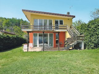 3 bedroom Villa in Pella, Piedmont, Italy : ref 5440948