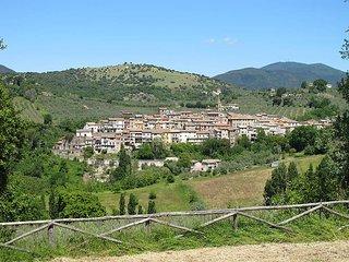 4 bedroom Apartment in Collepietro, Latium, Italy : ref 5503358