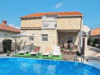 4 bedroom Villa in Dobrinj, Primorsko-Goranska Županija, Croatia : ref 5440186