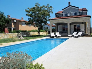 2 bedroom Villa in Medulin, Istarska Županija, Croatia - 5439491