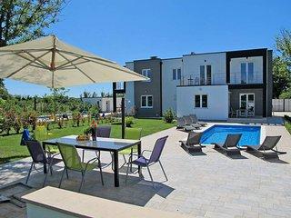 3 bedroom Villa in Liznjan, Istarska Zupanija, Croatia : ref 5439287