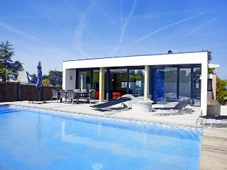 3 bedroom Villa in Locquirec, Brittany, France : ref 5438210