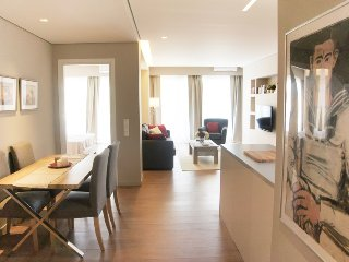 Central Athens Loft - Deluxe Two Bedroom Apartment with Balcony