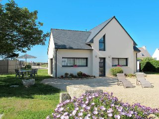 2 bedroom Apartment in La Terre du Pont, Brittany, France : ref 5438043