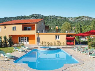 6 bedroom Villa in Vrgorac, Splitsko-Dalmatinska Zupanija, Croatia - 5437214