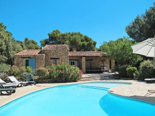 6 bedroom Villa in Marseille, Provence-Alpes-Cote d'Azur, France : ref 5436996