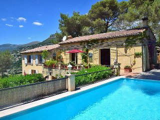 2 bedroom Villa in Vence, Provence-Alpes-Côte d'Azur, France : ref 5436185